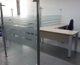 Divisiones para oficinas ideal para rediseñar espacios