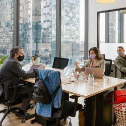 Cómo crear una cultura en un lugar de trabajo híbrido